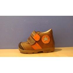 Szamos supinált narancs barna fiú cipő