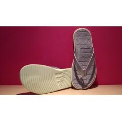 Adidas Caverock W S31687 vízálló papucs